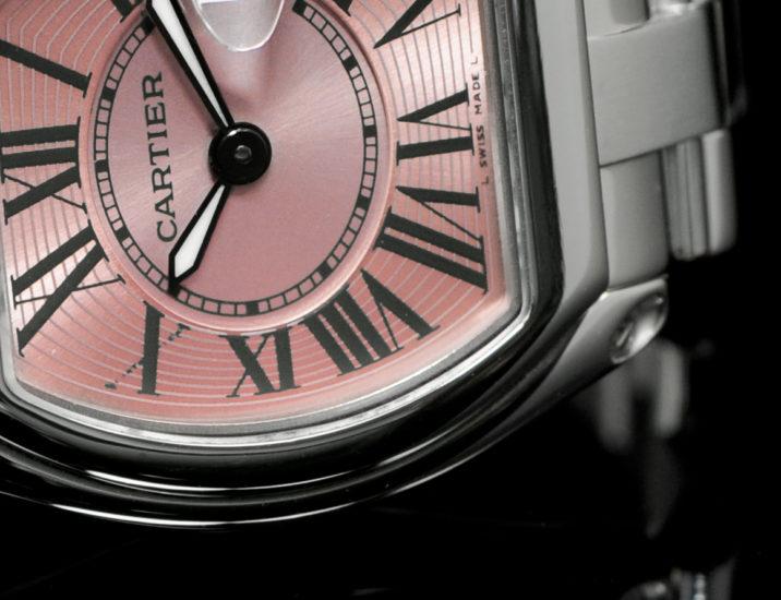 Fotografia Cartier Zenith Breitling Omega Patek Philippe riproduzione fedele articoli di lusso medalli pietre preziose Patek Rolex Vacheron Audemars Piguet Jaeger leCoultre